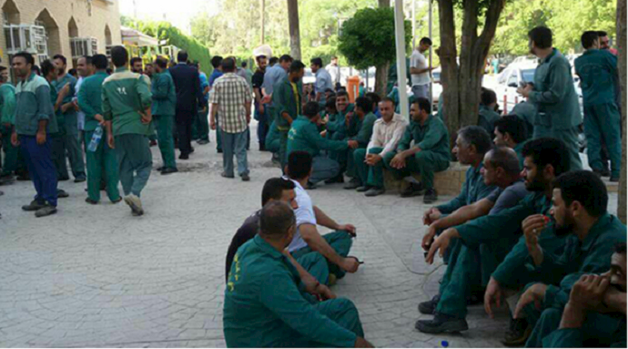 Municipality workers holding a protest rally in Ahvaz—August 27, 2020