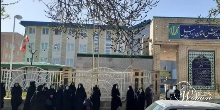 Protest by literacy teachers in Ardabil