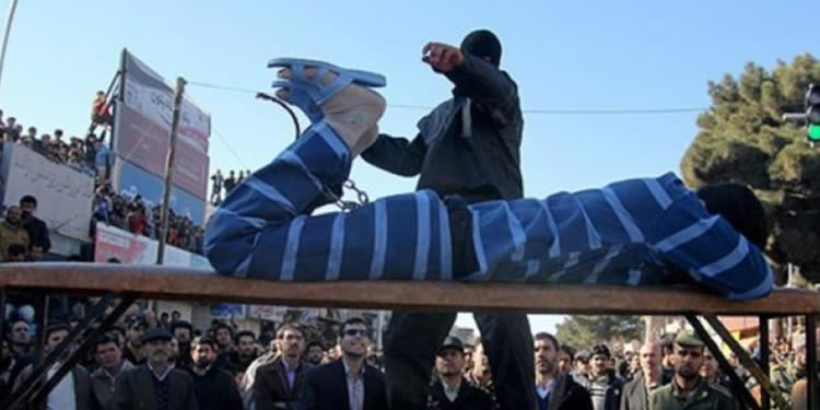 Iran flogging- four people to lashes